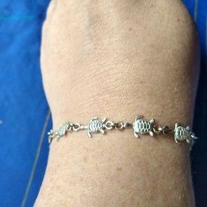 Jewelry - Sterling sea turtle bracelet